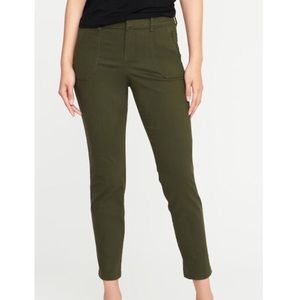 Old Navy PLUS PIXIE mid rise ankle pants in green
